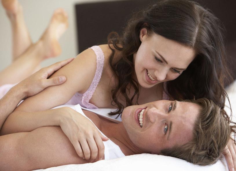 Antykoncepcja może rozbudzić namiętność /123RF/PICSEL