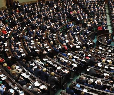 """Apel organizacji lewicy po odrzuceniu przez Sejm projektu """"Ratujmy kobiety 2017"""""""