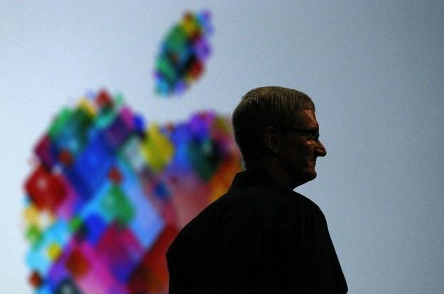Aplikacje pobrane z Apple App Store szwankują /AFP
