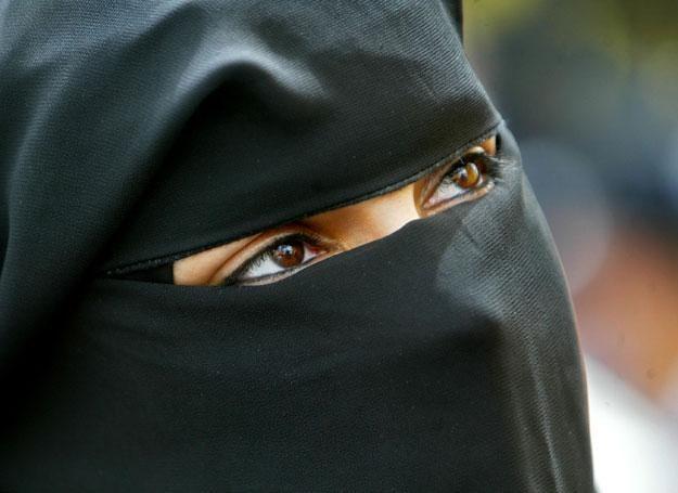 Arabskim kobietom trudno wyzwolić się z okowów religii i tradycji /Getty Images/Flash Press Media
