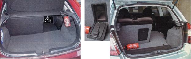Aranżacja bagażnika w Fiacie - z przesuwanymi fotelami i otworem na narty - jest lepsza niż w Fordzie. /Motor