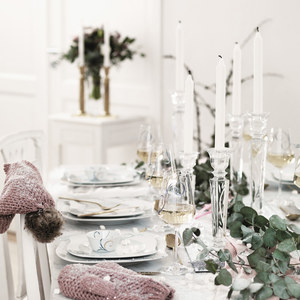 Aranżacja stołu w zimowym klimacie