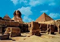 Architektura: Sfinks i piramida Cheopsa w Gizie /Encyklopedia Internautica