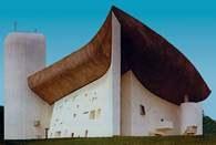 Architektura XX w.: kaplica Notre-Dame-du-Haut projektu Le Corbusiera, Ronchamp, Francja, /Encyklopedia Internautica