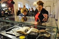 Archiwum Themersonów już w zbiorach Biblioteki Narodowej (PAP)