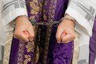 Aresztowano księdza-pedofila. O jego czynach ks. Isakowicz alarmował kurię już 8 lat temu