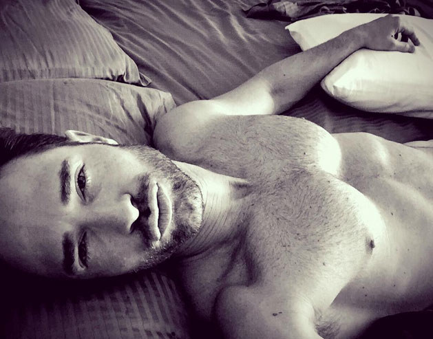 Argentyńczyk Seastian Rulli chętnie prezentuje umięśnione ciało. I słusznie, bo ma się czym pochwalić /Instagram /internet