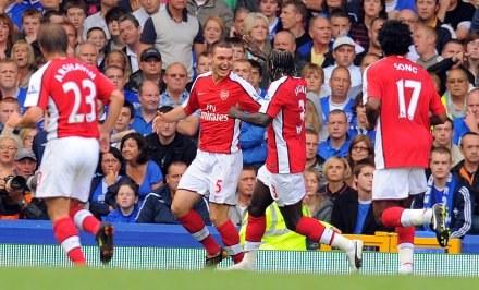 Arsenal rozpoczął sezon od mocnego uderzenia /AFP