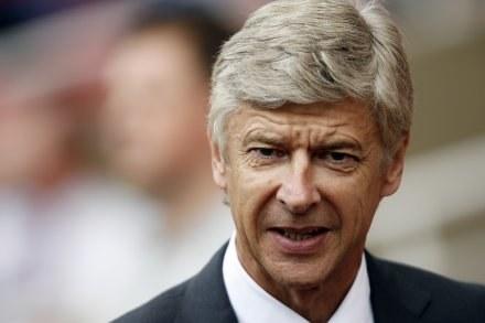 Arsene Wenger wierzy, że jego drużynę stać na wywalczenie mistrzostwa /AFP