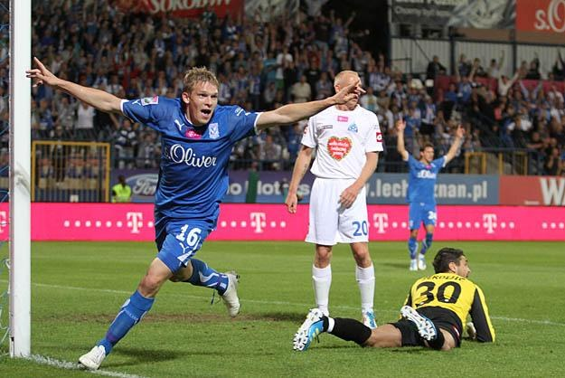Artojm Rudniew fetuje kolejnego gola. Fot. Andrzej Grupa /INTERIA.PL