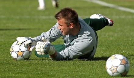 Artur Boruc wygrał rywalizację z Łukaszem Załuską o miano pierwszego bramkarza /AFP