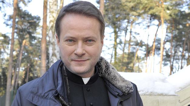 Artur Żmijewski jako ojciec Mateusz /Niemiec /AKPA