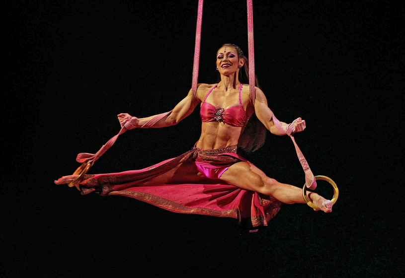Artystka słynnej trupy Cirque du Soleil /Getty Images