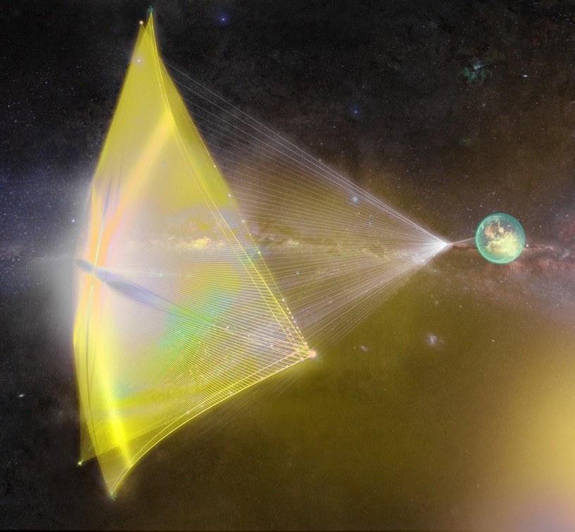 """Artystyczna wizja pojazdu z kosmicznym żaglem zmierzającego do Alfa Centauri. Podobnym mogą się posługiwać """"obcy"""" - twierdzą Lingam i Loeb /materiały prasowe"""