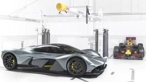 Aston Martin AM-RB 001 - potwór