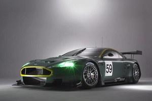 Aston Martin na tor