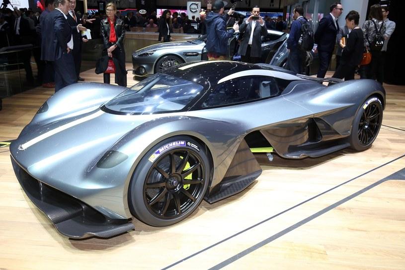 Aston Martin Valkyrie /