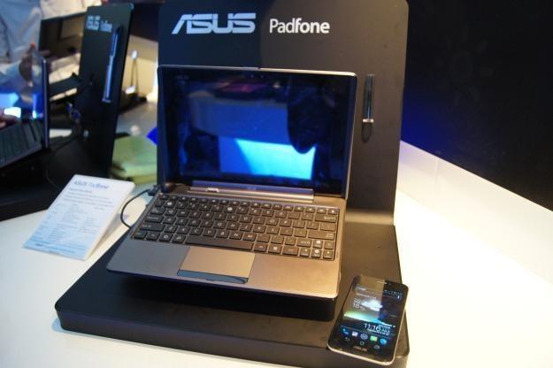 Asus zaprezentował Padfone na MWC 2012 /INTERIA.PL