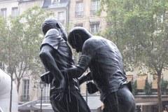 Atak głową Zidane'a uwieczniony w Paryżu