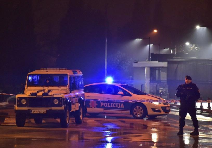 Atak przed ambasadą USA w Podgoricy /Associated Press /East News