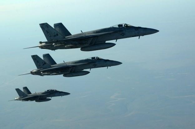 Ataki cybernetyczne są wsparciem dla konwencjonalnych /AFP