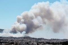 Ateńskie przedmieścia w ogniu