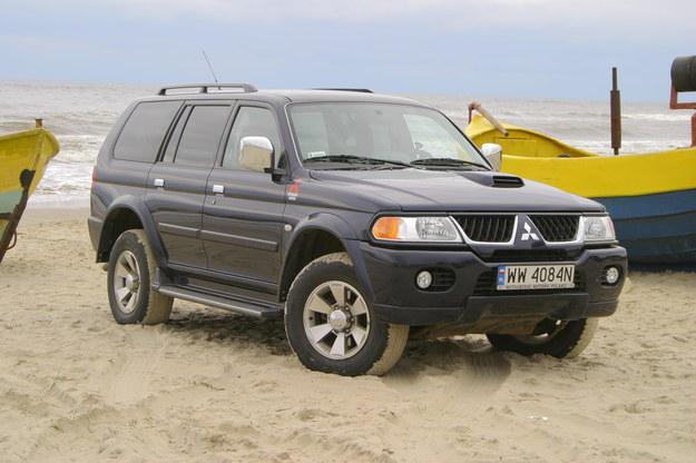 Atrakcyjne nadwozie kryje prostą technikę z pick-upa L200. /Motor