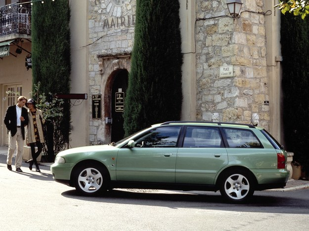 Audi A4 B5 (1994-2000) /Audi