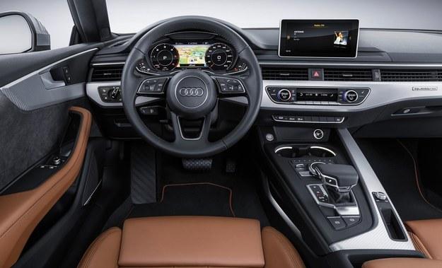 Audi A5 /Audi