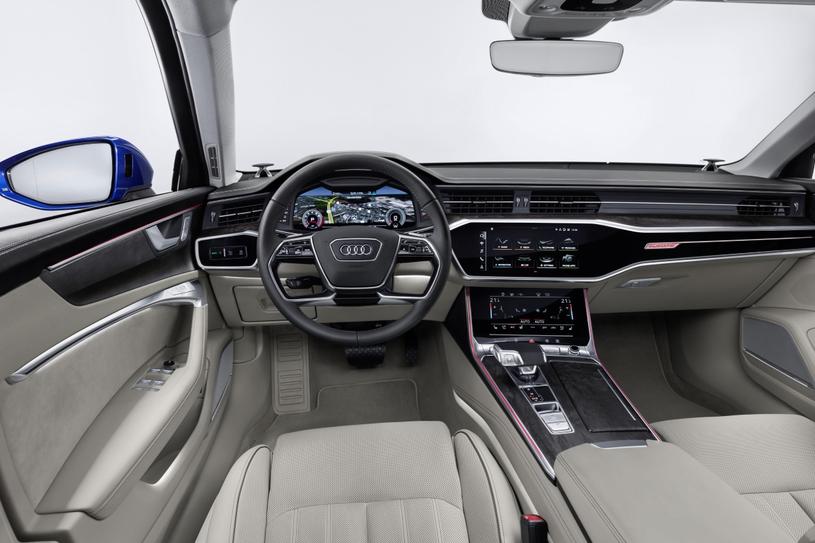 Audi A6 Avant /