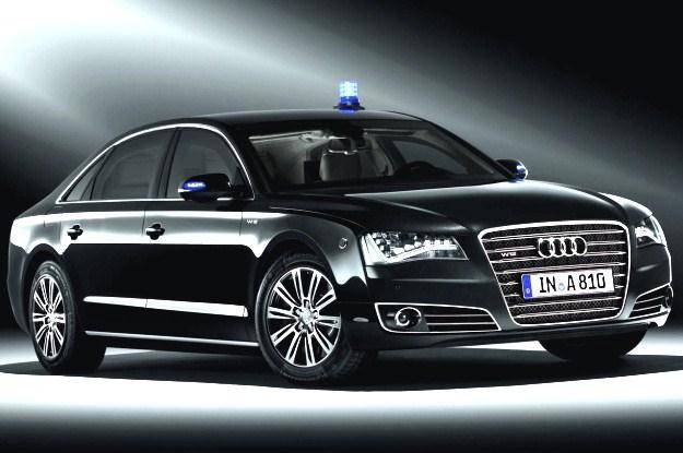 Audi A8 security jeździ Donald Tusk /