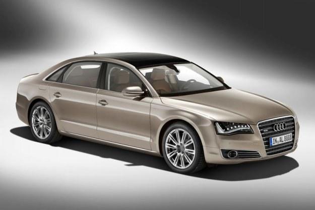 Audi A8L /