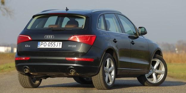 Audi Q5 ma nie tylko inny układ napędowy niż VW Tiguan, ale jest także od niego większe: dłuższe o 22 cm i szersze o 7 cm. /Motor