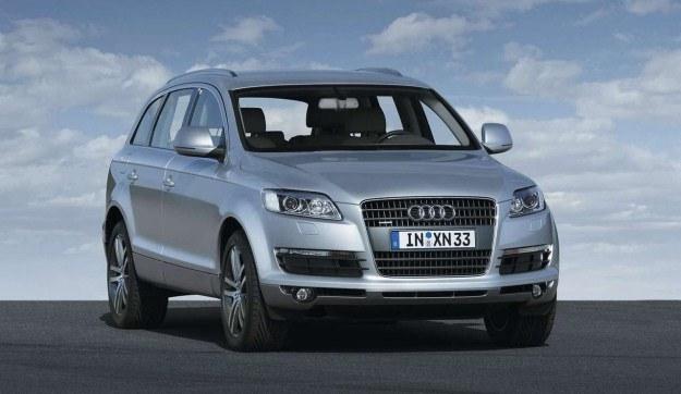 Audi Q7 /