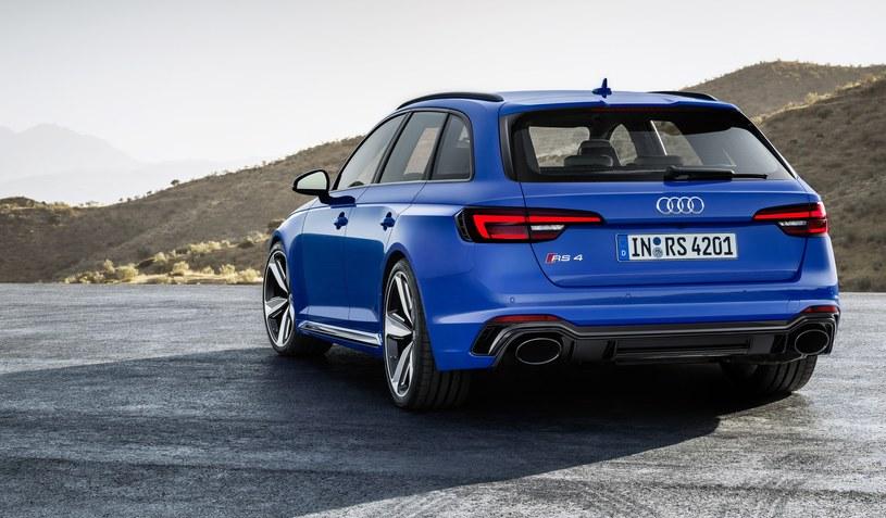 Audi RS4 Avant /