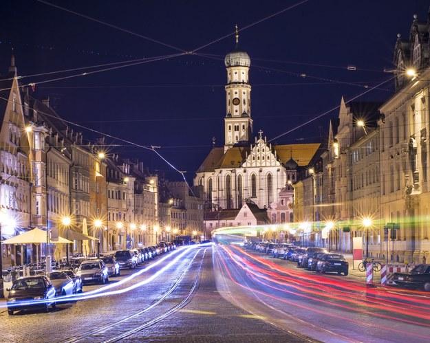 Augsburg nocą /123/RF PICSEL