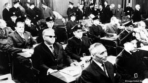 Auschwitz przed sądem