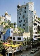 Austriacka sztuka: zespół mieszkalny w Wiedniu zaprojektowany przez F. Hundertwassera /Encyklopedia Internautica