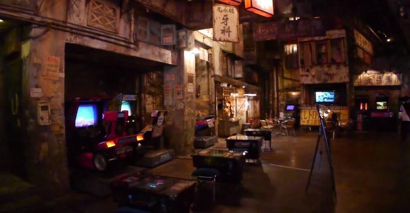 Automaty z grami w jednym z pomieszczeń - materiał pochodzi z serwisu YouTube.com /materiały prasowe