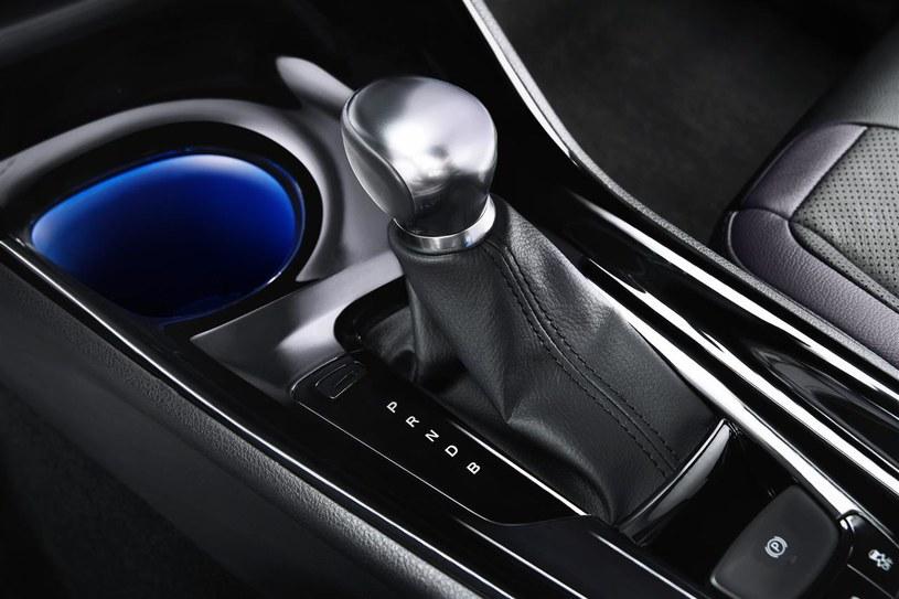 Automatyczna skrzynia biegów w Toyocie C-HR /