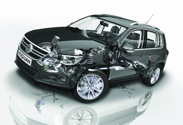 Automatycznie dołączany napęd drugiej osi to rozwiązanie chętnie stosowane w SUV-ach i autach osobowych 4x4. /Volkswagen