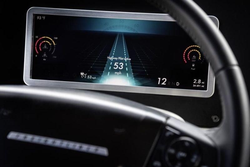 Autonomiczna jazda jest możliwa dzięki radarowi /