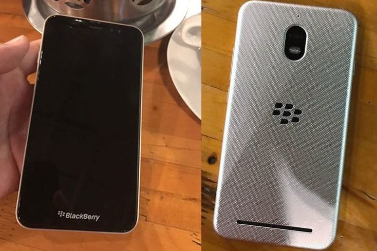 Autora ma być najtańszym modelem Blackberry /Twitter /Internet