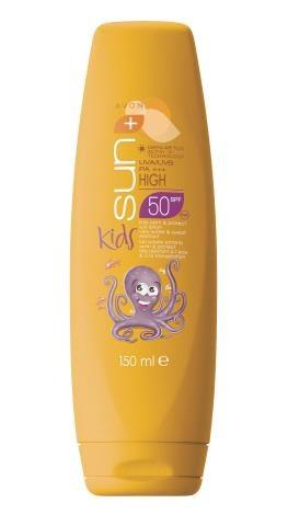 AVON KIDS   Ultrawodoodporny krem ochronny dla dzieci SPF 50, ma różowy kolor, który ułatwia aplikację, ok. 25 zł/150 ml. /Mat. Prasowe