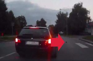 """Awantura. Kierowca BMW blokował ulicę: """"Morda..., jeże idą"""""""