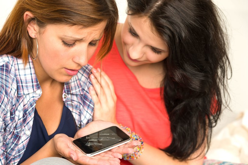 Awarie smartfonów najczęściej dotyczą aparatu i panelu dotykowego /©123RF/PICSEL