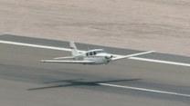 Awaryjne lądowanie na lotnisku! Awionetka bez podwozia!