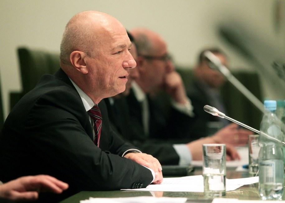 B. minister sprawiedliwości Zbigniew Ćwiąkalski /Tomasz Gzell /PAP