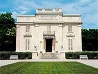 Bagatela, pałacyk w Lasku Bulońskim, projekt François Joseph Bélanger, 1777 /Encyklopedia Internautica