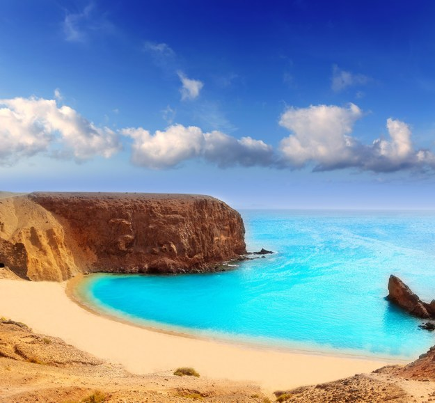 Bajeczna plaża na Lanzarote /123/RF PICSEL